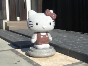 キティ彫像1